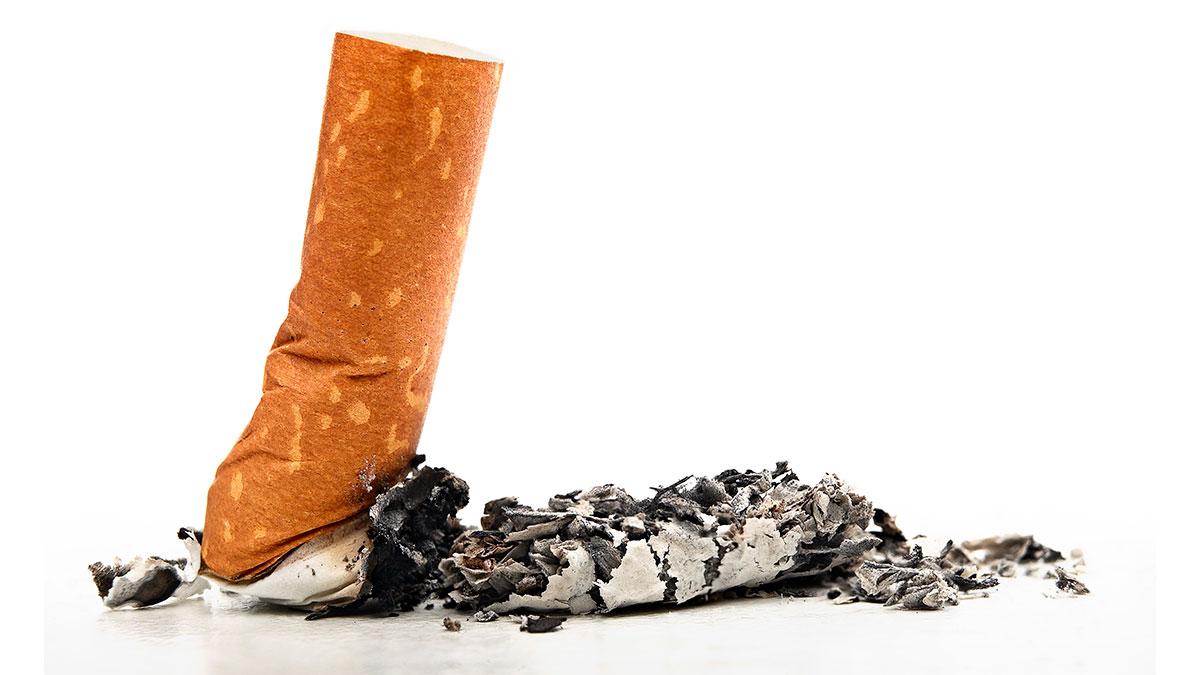 Bild på cigarettfimp